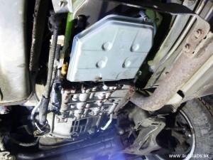 Mercedes Benz C 220 1994 - nasadení nový filter - vymena oleja v automatickej prevodovke