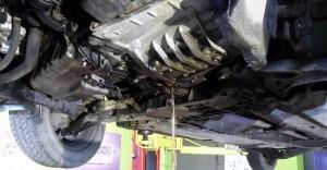 audi a3 2007 - vypúšťanie starého oleja z automatickej prevodovky