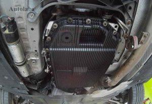 bmw 320 výmena oleja v automatickej prevodovke - olejová vaňa
