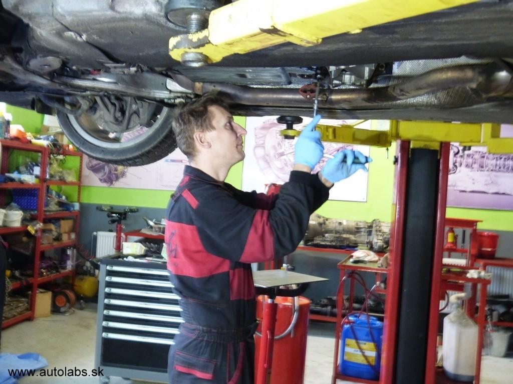 BMW 730d 2009 výmena oleja v automatickej prevodovke