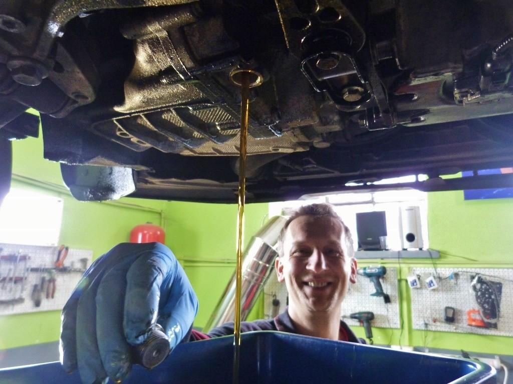Autolabs autoservis Ružomberok - výmena oleja v automatickej prevodovke