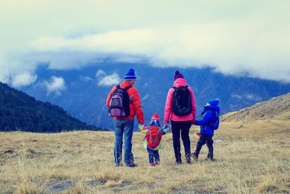 výlet v horách s rodinou počas výmeny oleja v automatickej prevodovke